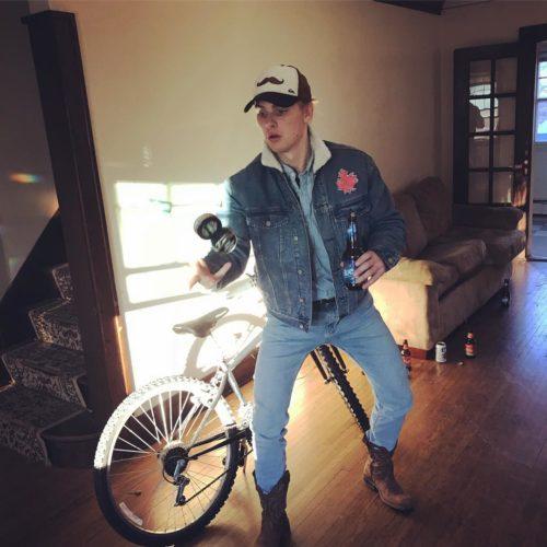 Rider: Sam Mick (Earllll)